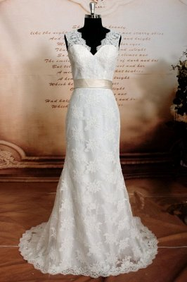 Close-fitting Cheap Lace Wedding Dresses | Sleeveless Simple Bridal Gowns with Sash_1