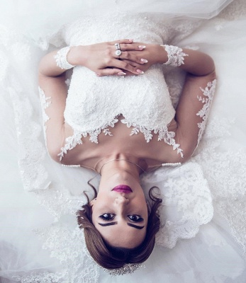 Long Sleeve Lace Wedding Dresses   Ball Gown Long Train See Through Back Bride Dress_6