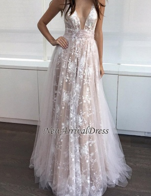 A-line Sexy Lace-Appliques Deep-V-Neck Layers Prom Dresses_1