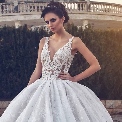 Lace Appliques Sexy Sleeveless Wedding Dresses | Princess Ball Gown V-neck Cheap Bridal Gowns_3