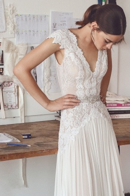 Chiffon Cap Sleeve Crystals Long Glamorous Wedding Dress Cheap_3
