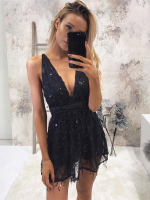 Cute Black Sequined V-neck Sleeveless Homecoming Dress | Short Party Gown_1