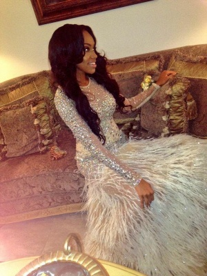 Luxury Feather Prom Dresses Long Sleeves Crystals Beaded Side Split Sexy Evening Gowns_4