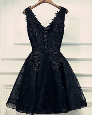 Lace Appliques Beads V-Neck Lace-Up Black Sexy Short Homecoming Dresses BA6904_3