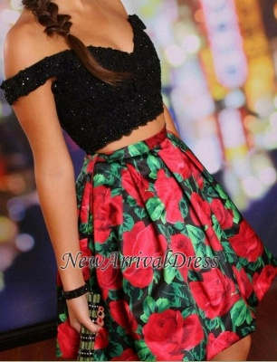 Off-the-Shoulder Black Lace-Beaded Two-Piece Floral Homecoming Dresses_4