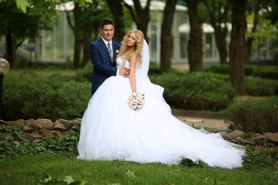 Ball Gown Bridal Dresses Crystals Beading Sweetheart Ruffles Draped Court Train Tulle Wedding Gowns_6