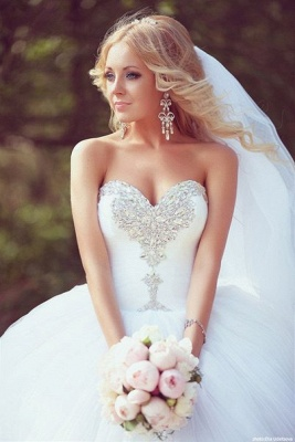 Ball Gown Bridal Dresses Crystals Beading Sweetheart Ruffles Draped Court Train Tulle Wedding Gowns_2
