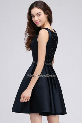 Short A-Line Sequare Beadings Black Sleeveless Homecoming Dresses_3