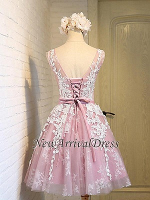 Lace-Up Open Back Sleeveless Appliques Sash Pink Jewel Lace Sexy Short Homecoming Dresses_1