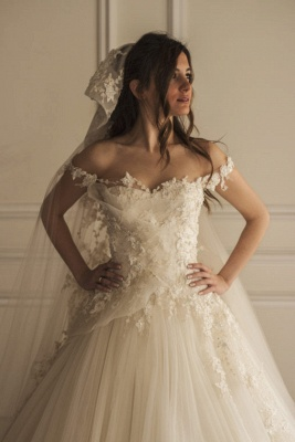 Beautiful Tulle Off The Shoulder Elegant Lace Appliques Wedding Dress Cheap_2